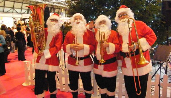 Hire Santa Brass Ensemble for Christmas Entertaiment in London